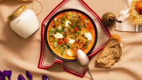 Агнешка супа с пресен джоджен и кисело мляко