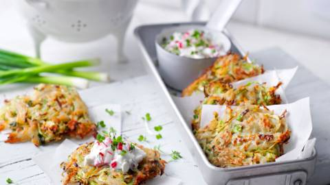 Картофени палачинки със зеле и дип от репички и кресон