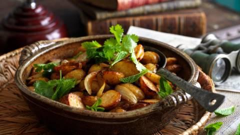 Картофи и патладжани на фурна по северноафрикански