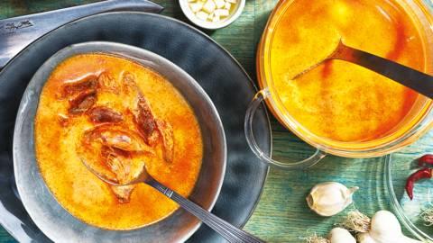 Супа от свински джолан