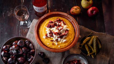 Качамак с пръжки и сирене