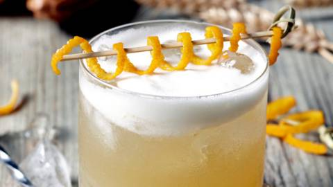 Традиционно sour whiskey