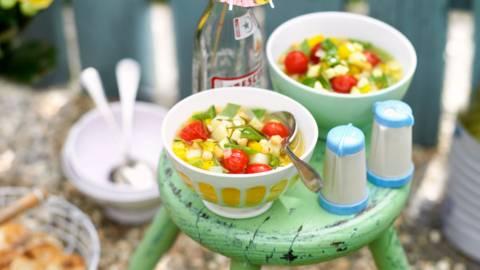 Лятна зеленчукова супа с нахут