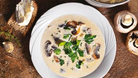 Гъбена супа с крем сирене
