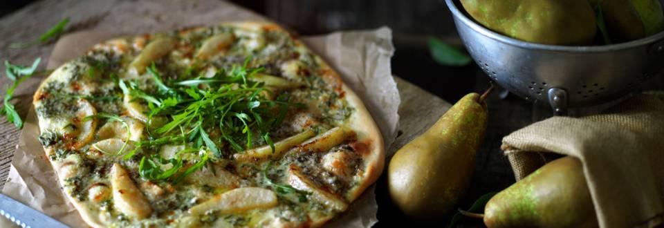Пица с круши, Рокфор и рукола