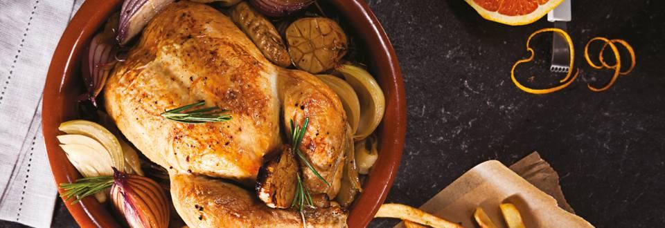 Печено пиле с розмарин и масло и пържени картофи с портокалова сол