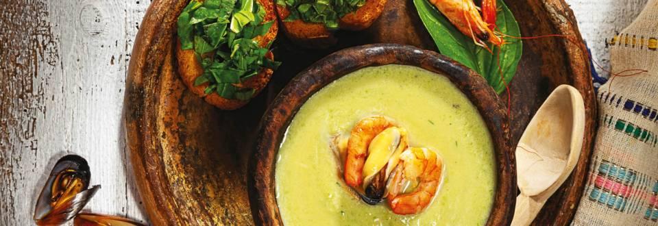 Крем супа от тиквички с морски дарове