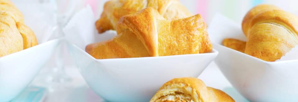 Пирожки с ориенталски пълнеж от моркови и кайма