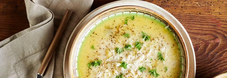 Супа с праз, картофи и козе сирене по рецепта на шеф Манчев