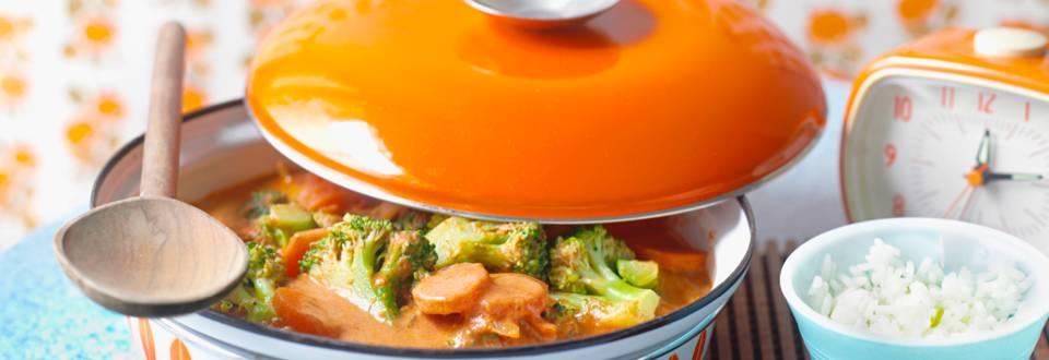 Бързо къри с домати и броколи