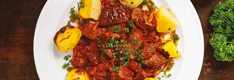 Телешко рагу със сушени домати